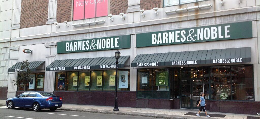 barnes and noble awning nyc